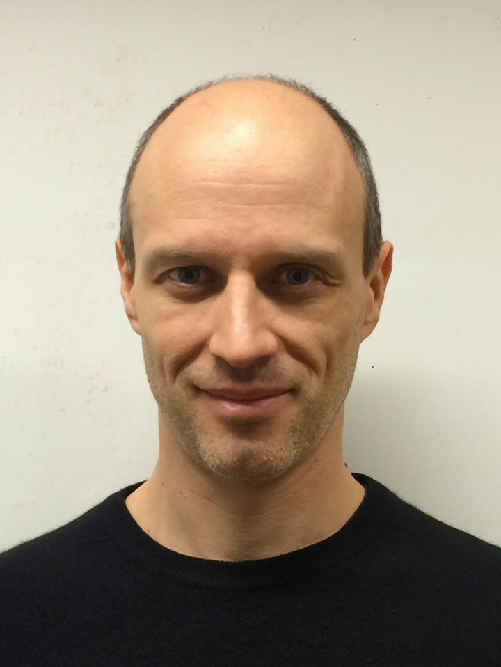 André Hodder
